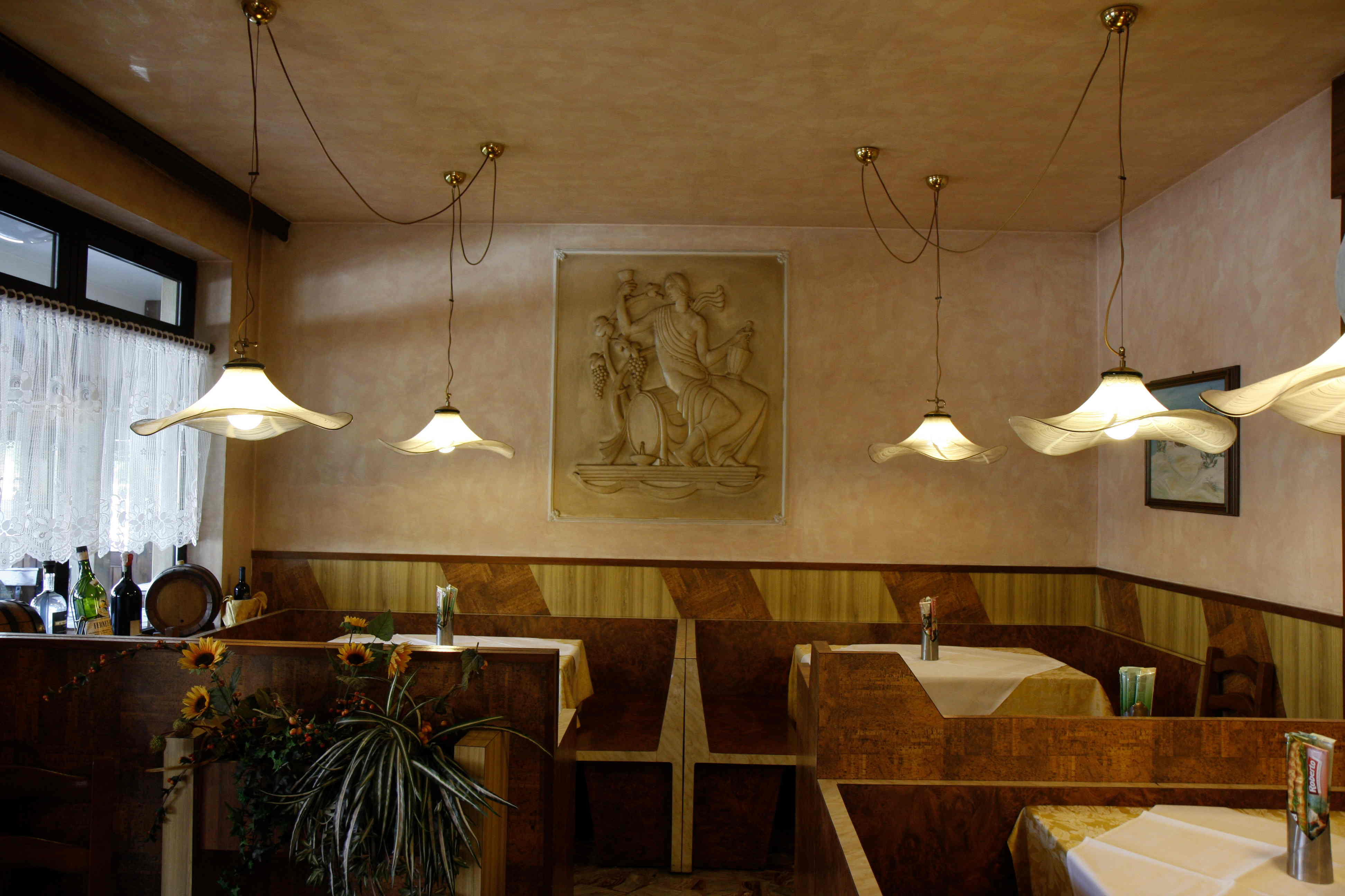 Dining rooms (16)