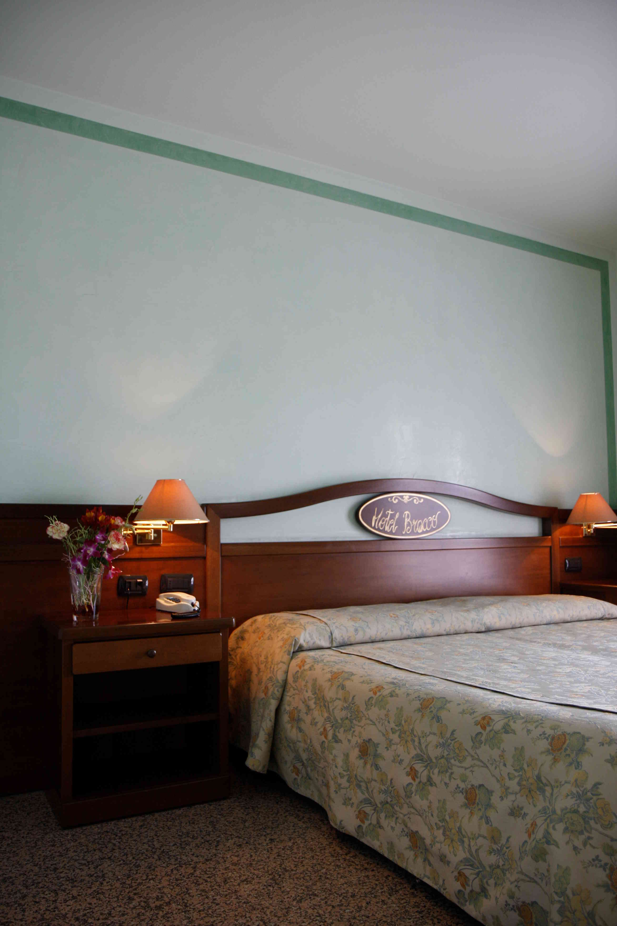 Rooms (2)